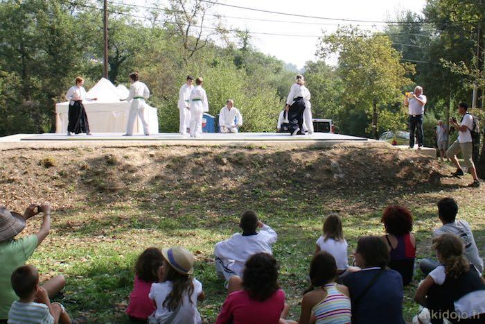 Démonstration arts martiaux - Forum des assocations à Bar s/Loup